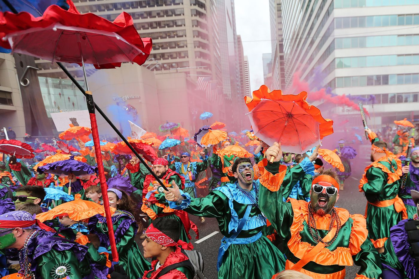 Warm weather draws big crowd to Mummers Parade