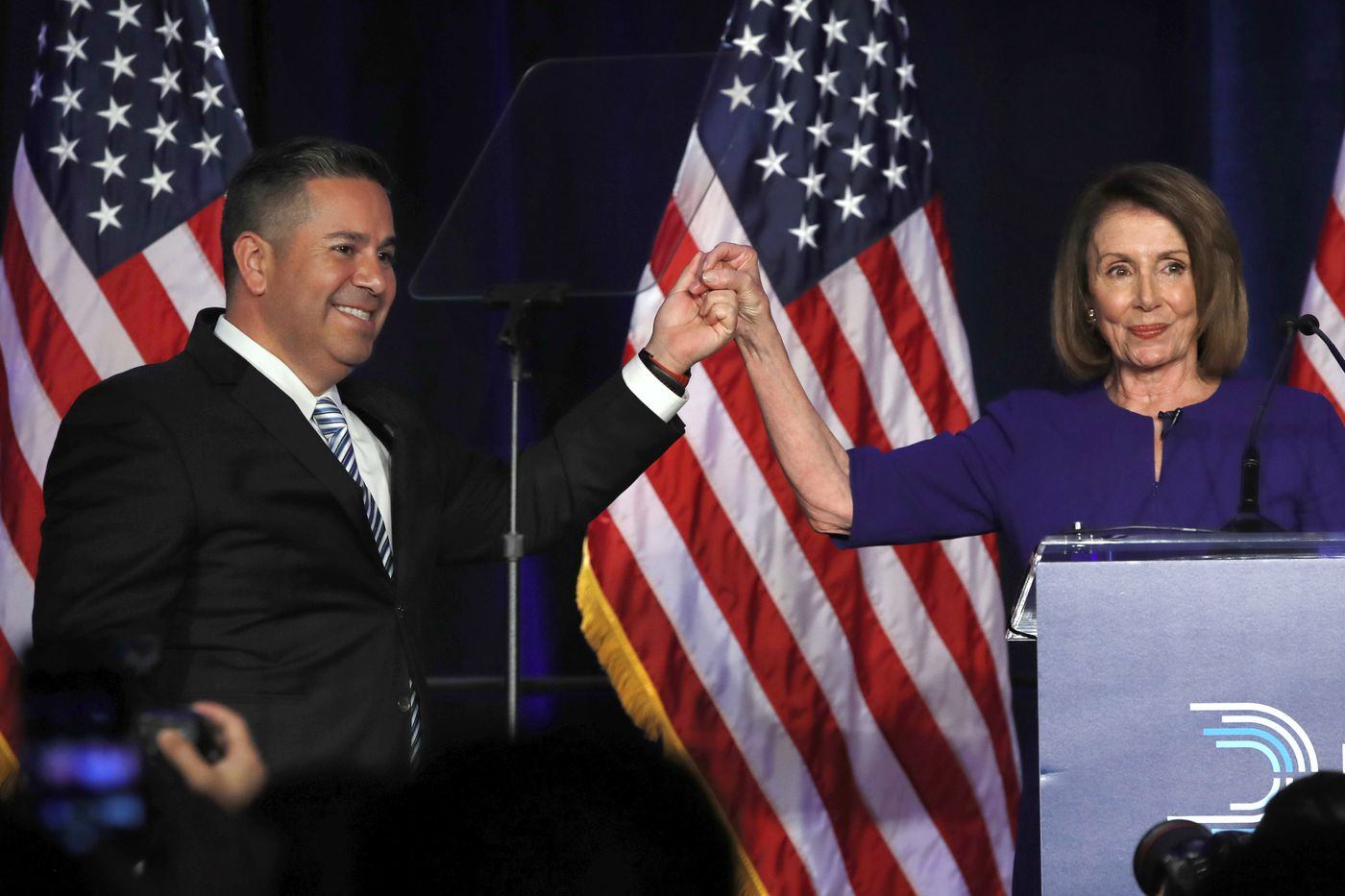 Dems on track to win control of House