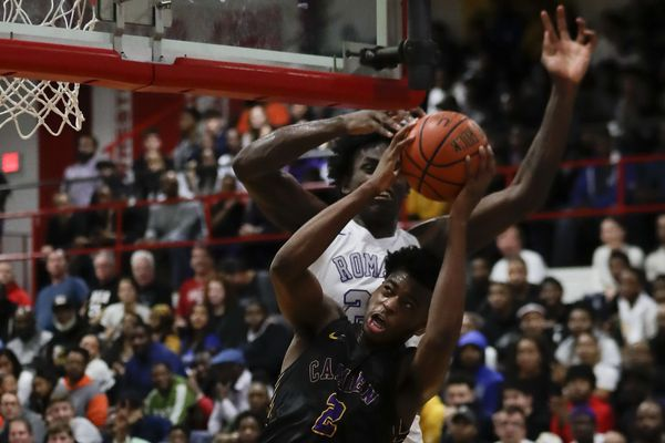 Roman Catholic rallies past Camden, 70-59