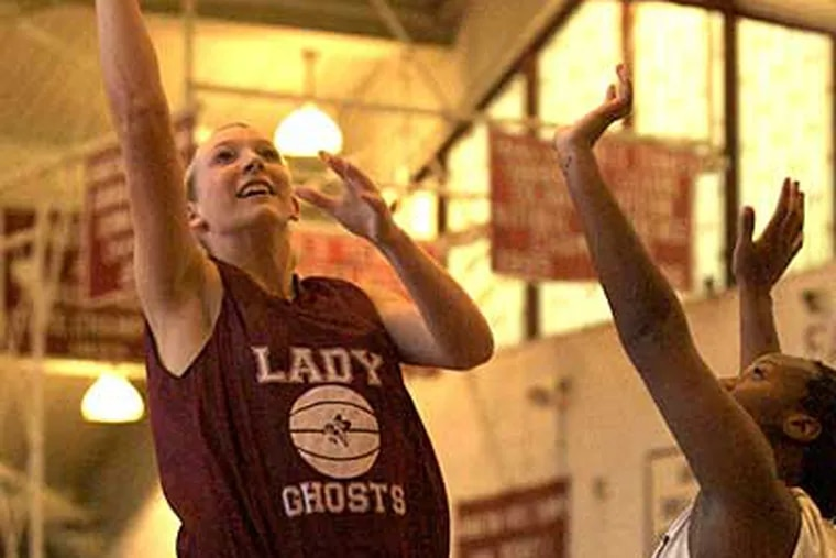 Emily Leer, left, and Aiyannah Peal, right, shown here at practice, combined to score 39 points in last night's victory over Central Bucks South. (John Costello / Staff Photographer)