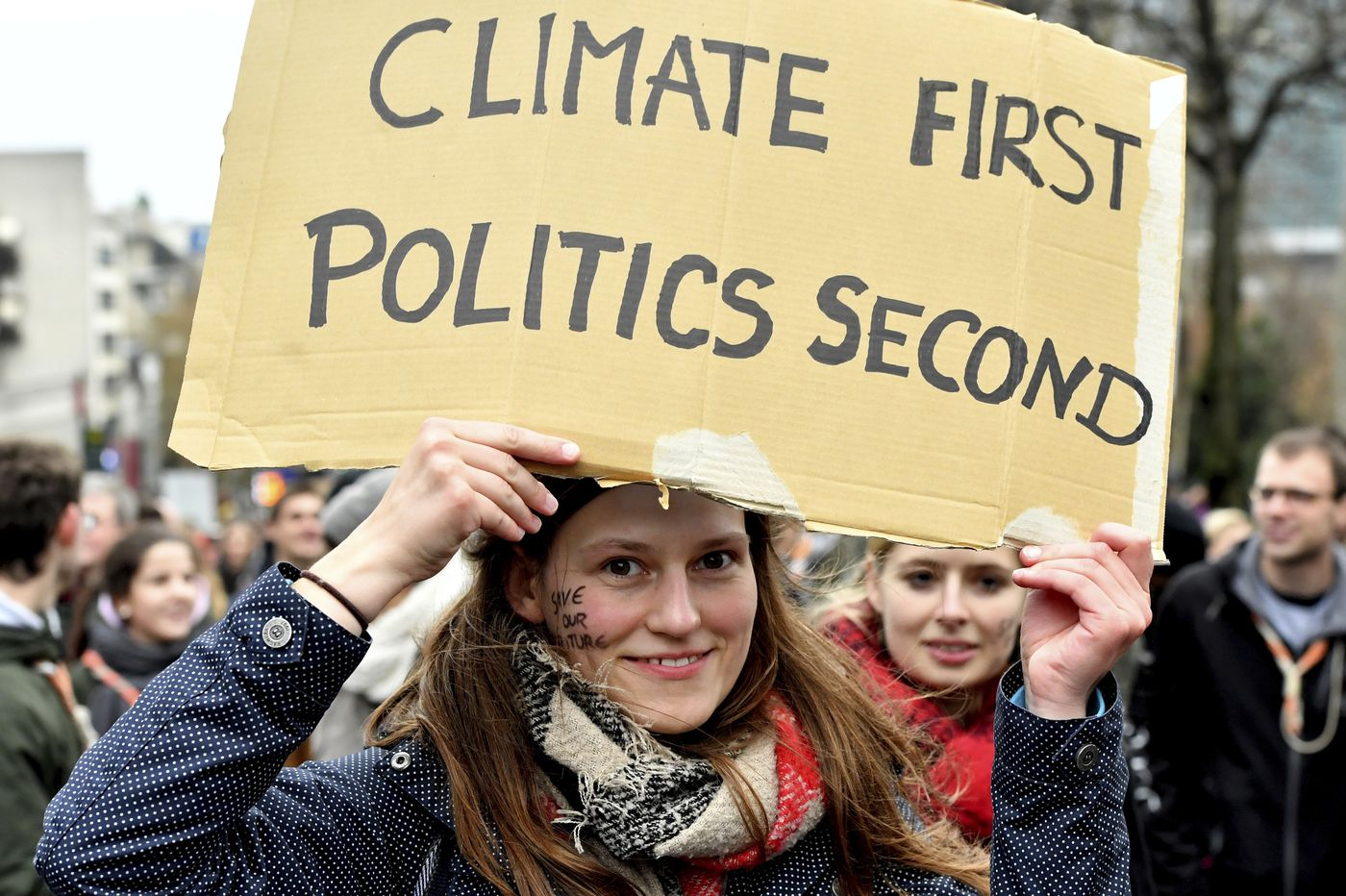 Climate talks kick off in Poland with boost from G-20 summit
