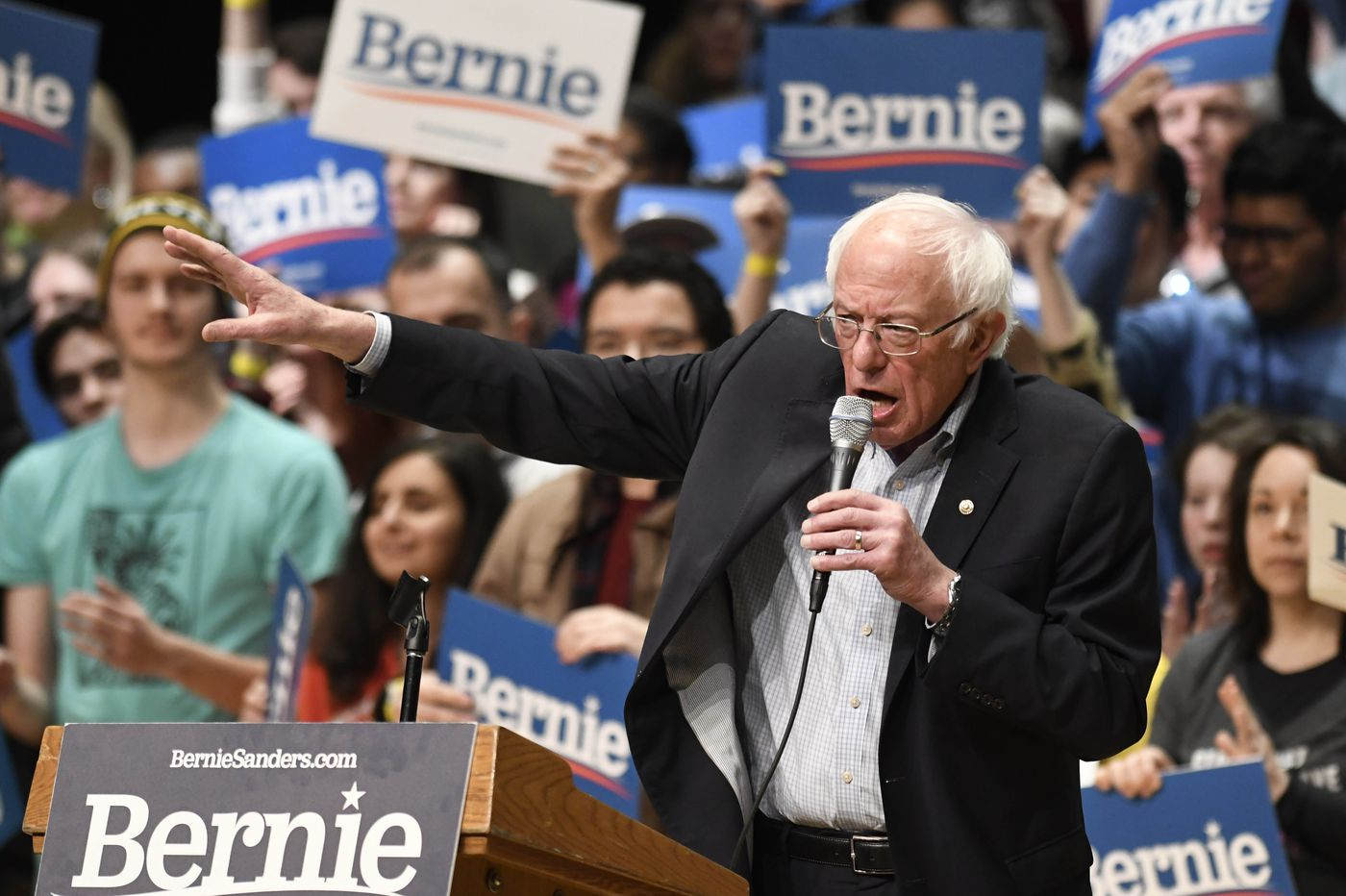 'We just barely turned blue': Bernie Sanders is getting stronger and some Democrats are getting worried.