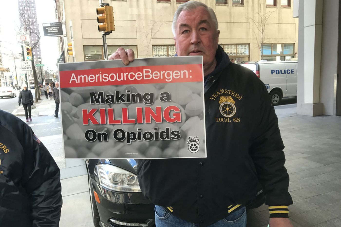 Nuns, Teamsters, city government and Vanguard all pressure AmerisourceBergen on opioids