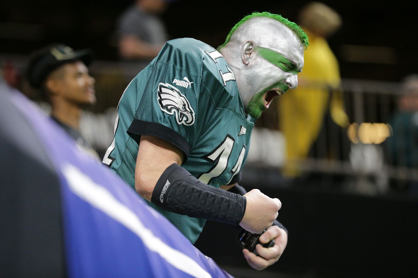 b61f5734 Despite a loss, Philly and fans show Eagles love