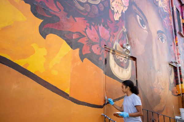 A new mural in Philly's El Barrio reflects connection to U.S.-Mexico border crisis