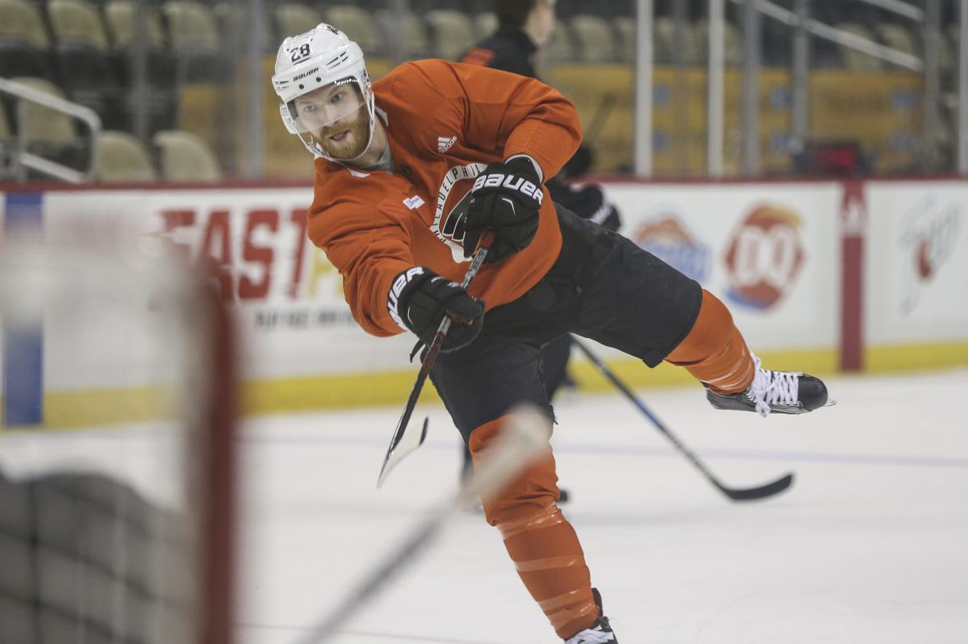 Flyers' Claude Giroux not disciplined for 'hit' in Game 2 vs. Penguins