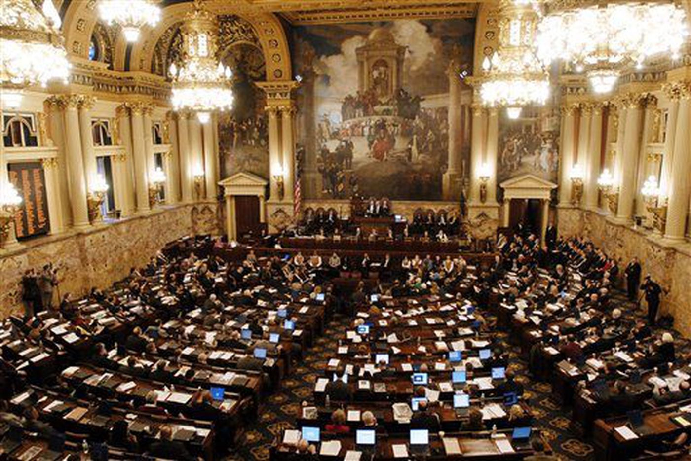 Pa. House approves budget plan Gov. Wolf calls 'irresponsible'