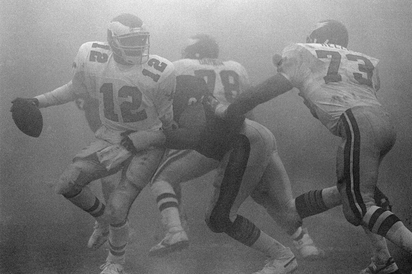 As Eagles and Bears prepare for another playoff matchup, looking back on the bizarre 1988 Fog Bowl