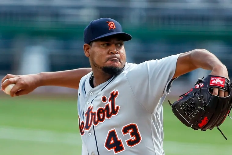 Veteran right-hander Ivan Nova signed a minor-league contract with the Phillies on Tuesday.