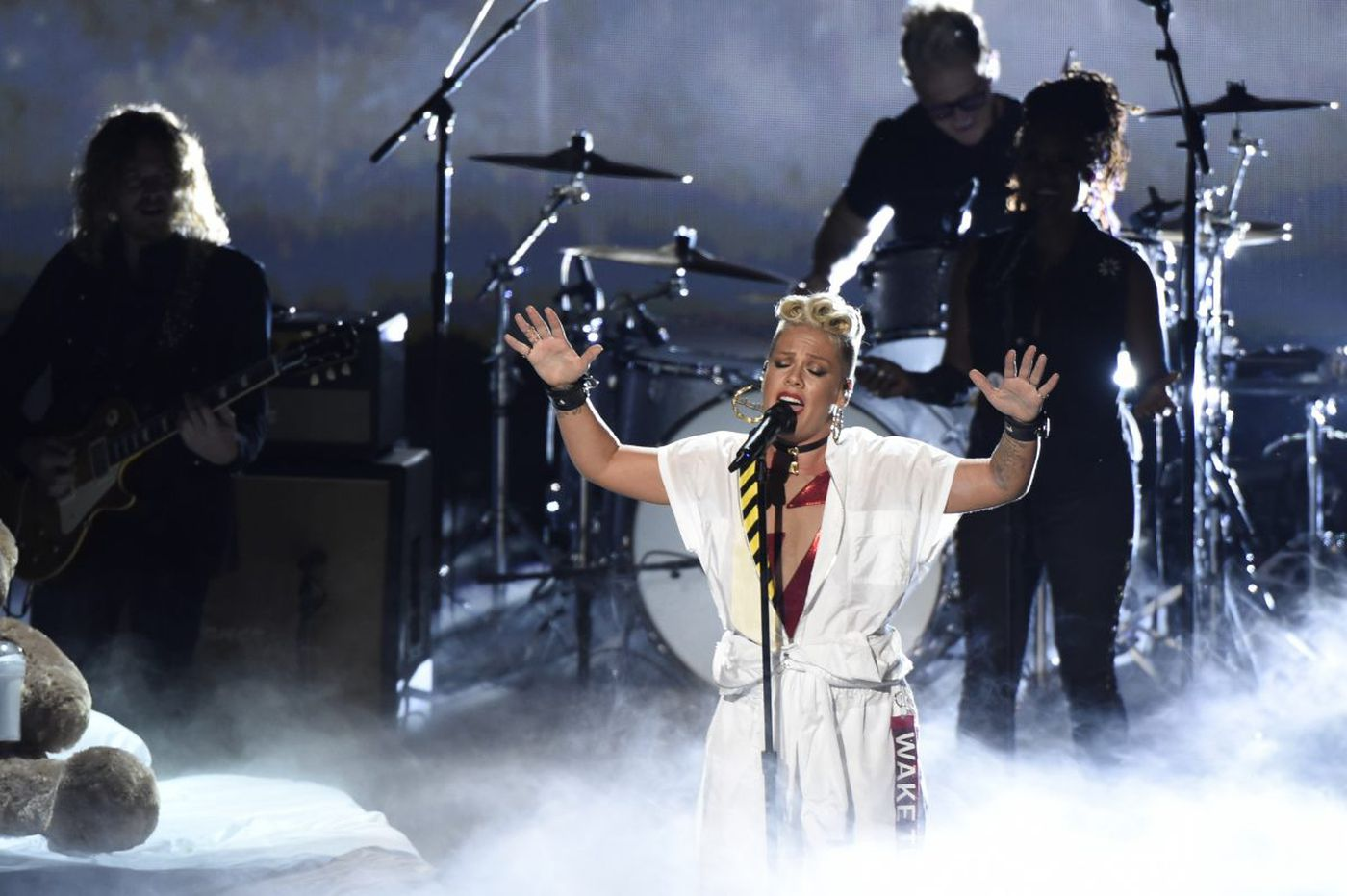 Doylestown's Pink to bring 'Beautiful Trauma' tour to Philly in 2018