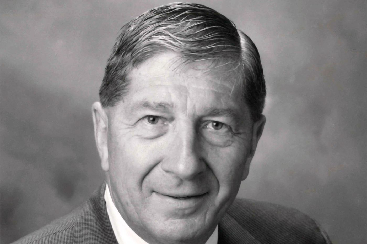 Walter A. Reimann, 88, business executive and civic volunteer