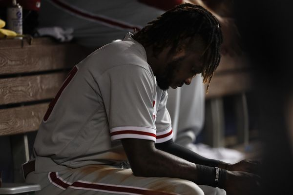 Phillies speedster Roman Quinn slowed by fractured toe