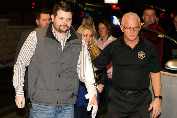 Wounded Phila. police officer feted at FOP benefit