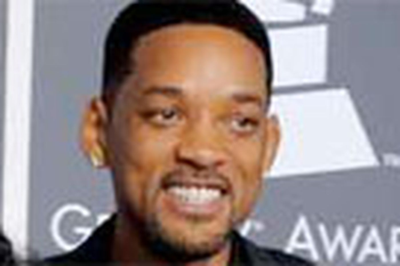 Will Smith irks N.Y. with mobile mansion