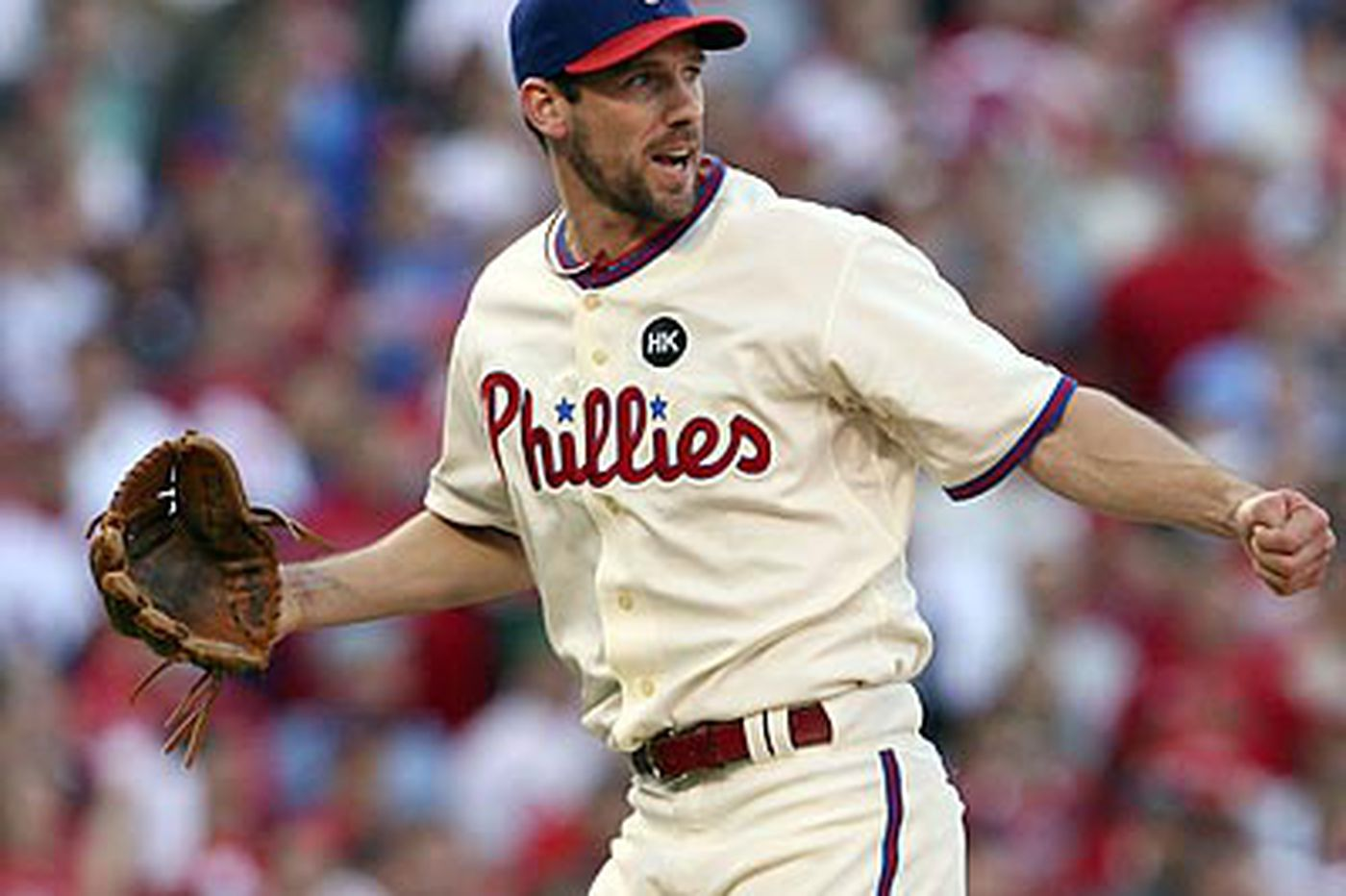 Lee agrees to five-year deal with Phillies