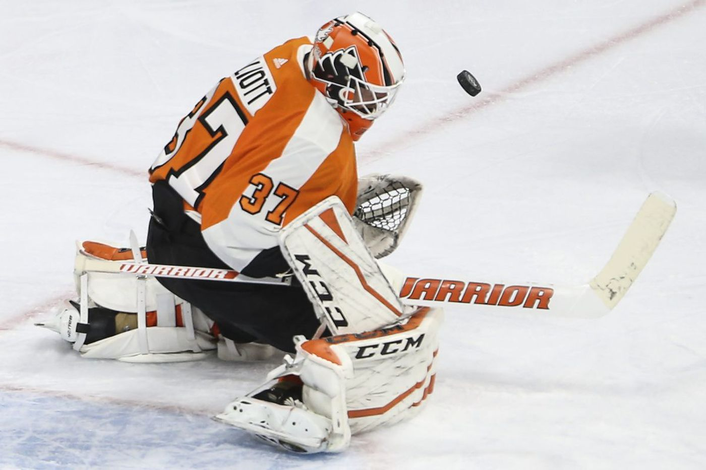 Brian Elliott starts for Flyers vs. Penguins, who likely get Kris Letang back on defense