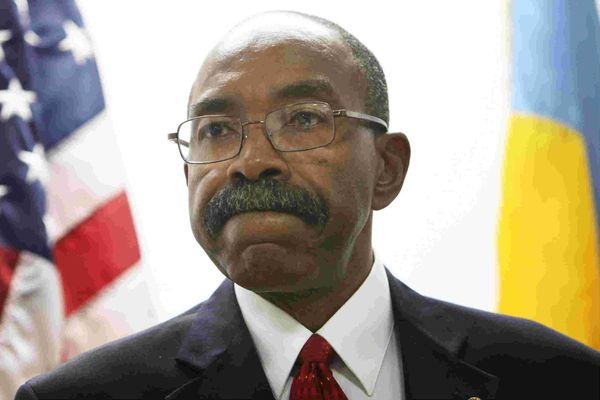 Ex-Sheriff John Green admits taking bribes: 'I have betrayed the confidence' of Philly citizens