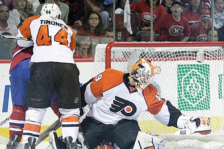Michael Leighton recorded his third shutout of the series today against Montreal.  (Yong Kim / Staff Photographer)