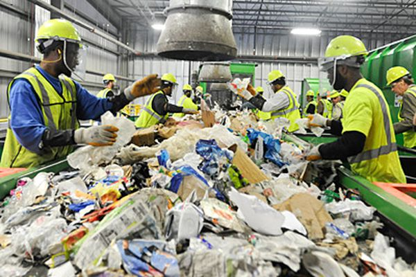 Waste Management opens new green facility in Northeast Philly