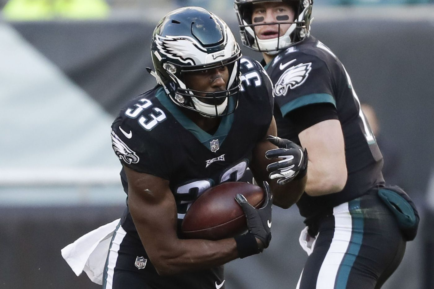 Eagles want to increase running back Josh Adams' touches during final month of season
