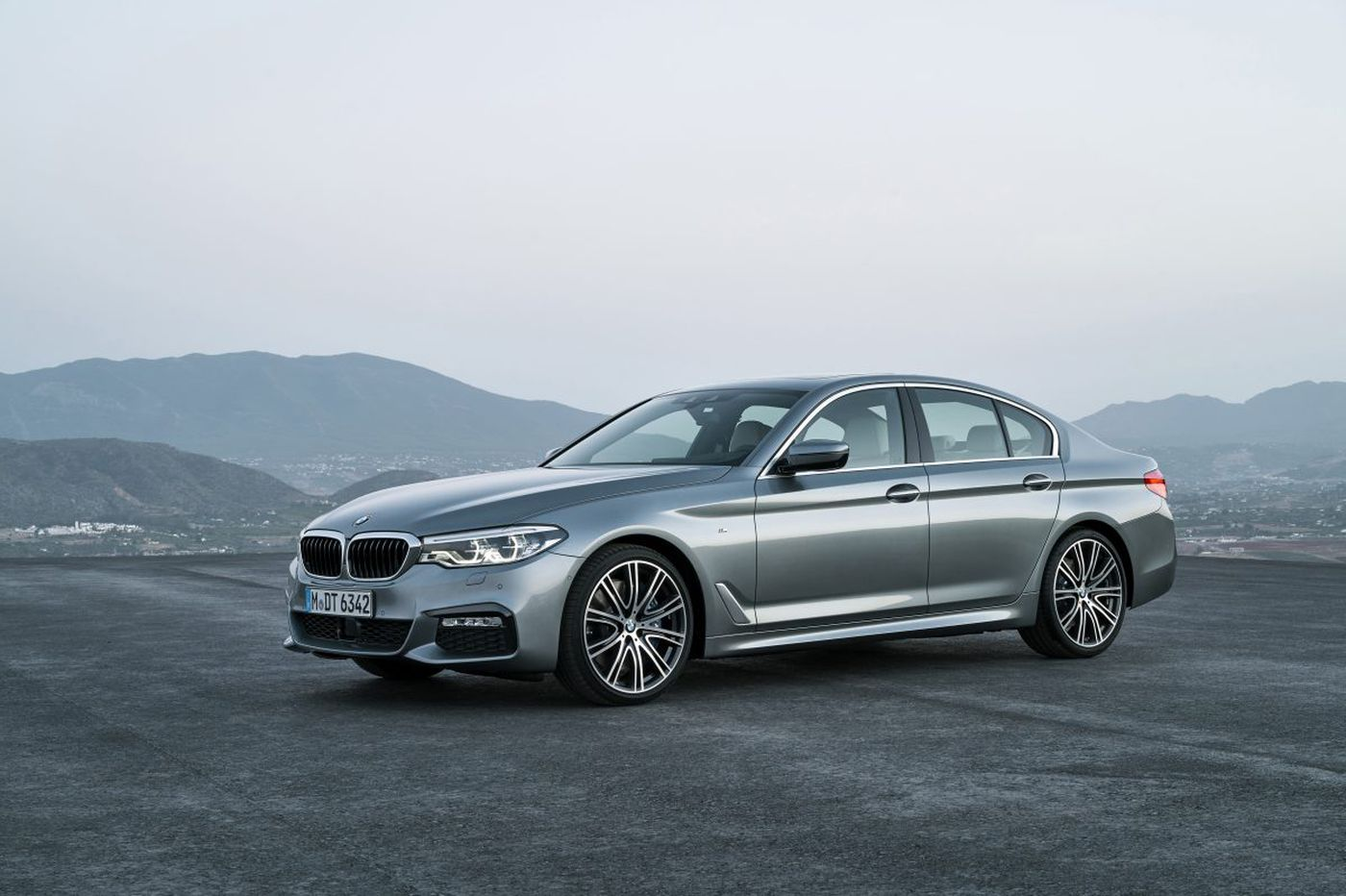 BMW 5 Series charges high admission for a great time