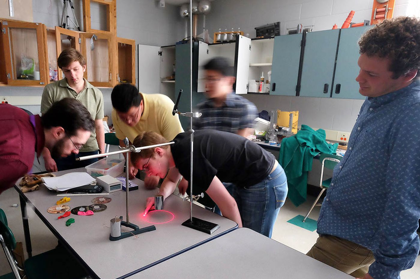 March Madness -- in the physics lab