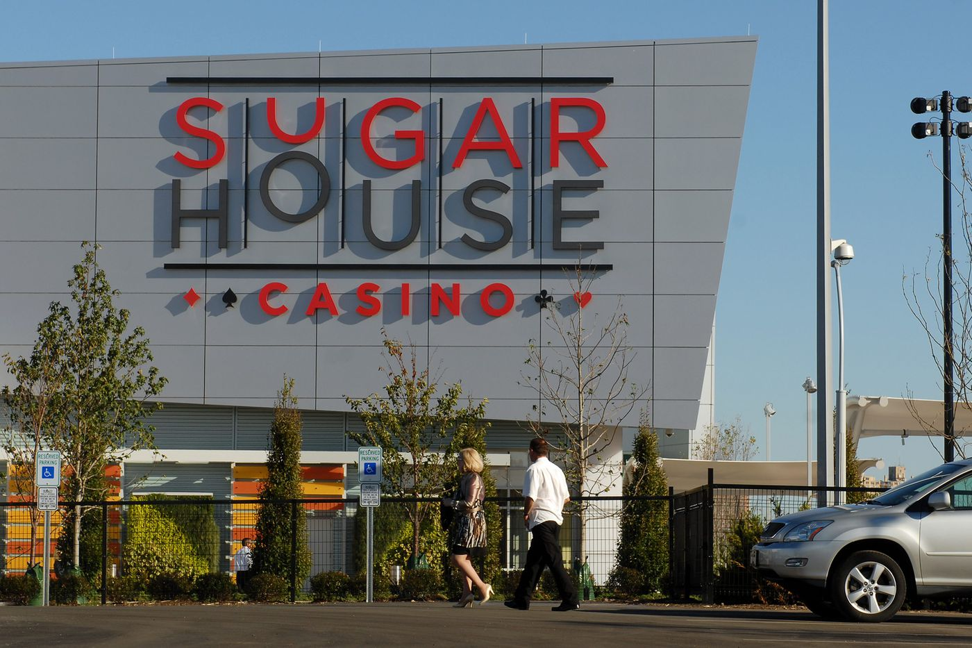 Pa. approves sports-betting at SugarHouse, Harrah's, and Rivers casinos