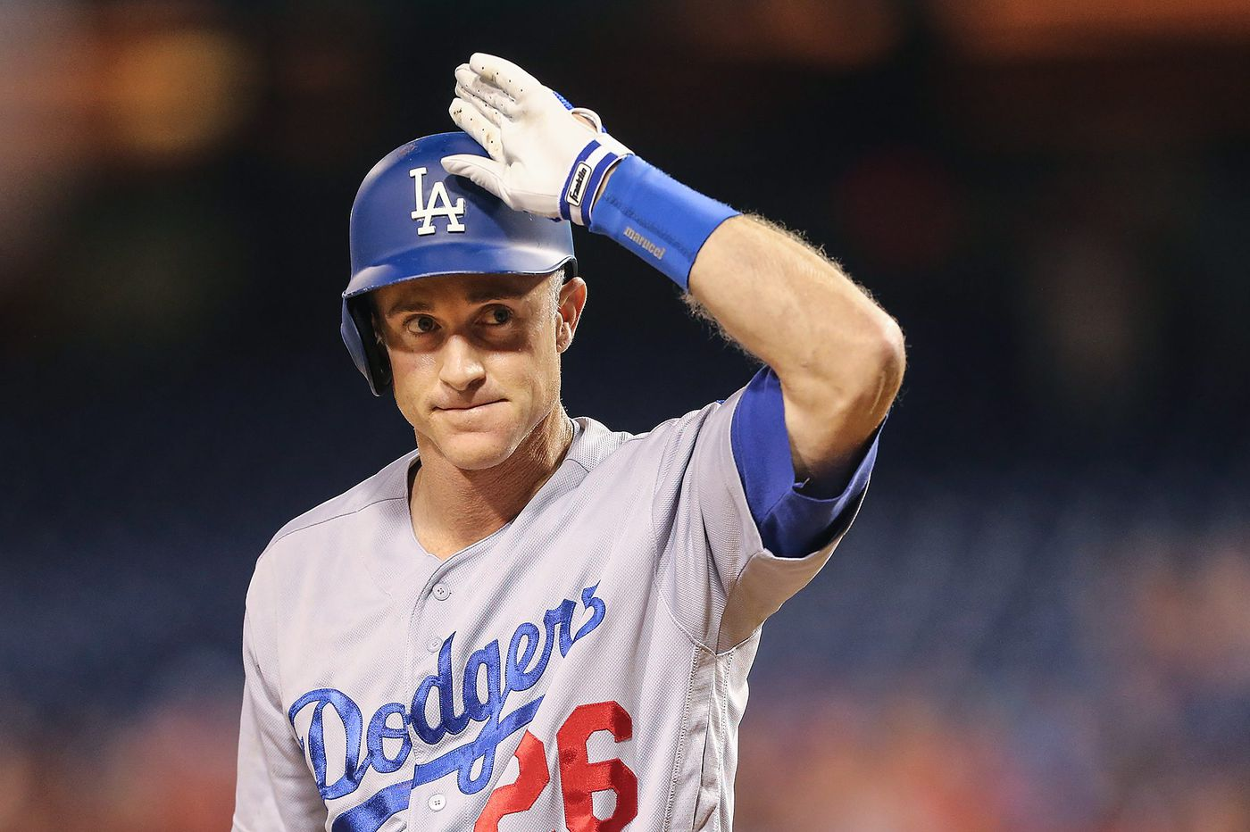 Rob McElhenney is jacked enough to get Chase Utley's attention now