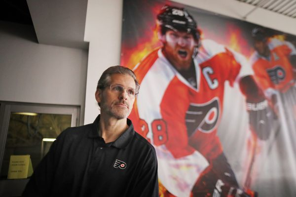 The Flyers fired Ron Hextall. Here are a few thoughts on how we got here. | Mike Sielski