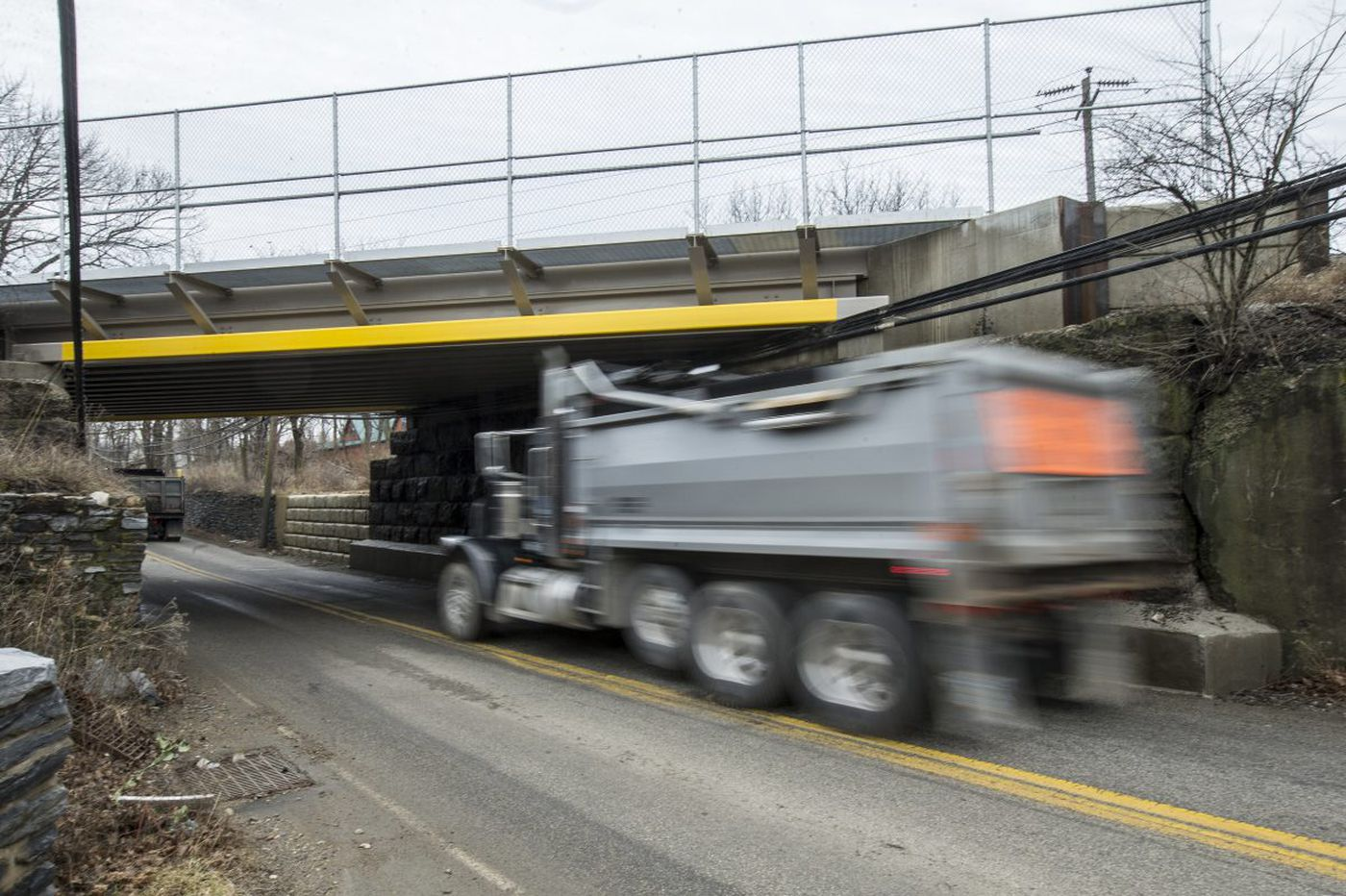 In Philly suburbs, truck drivers - often using GPS apps - smash into bridges, causing accidents and snarling traffic