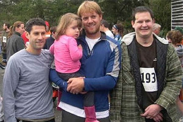 Runner honors his friend, who hopes to return