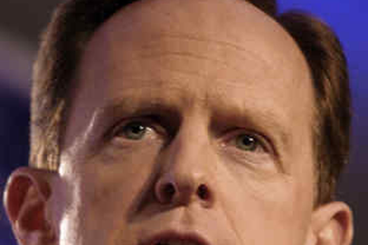 Toomey announces he'll challenge Specter