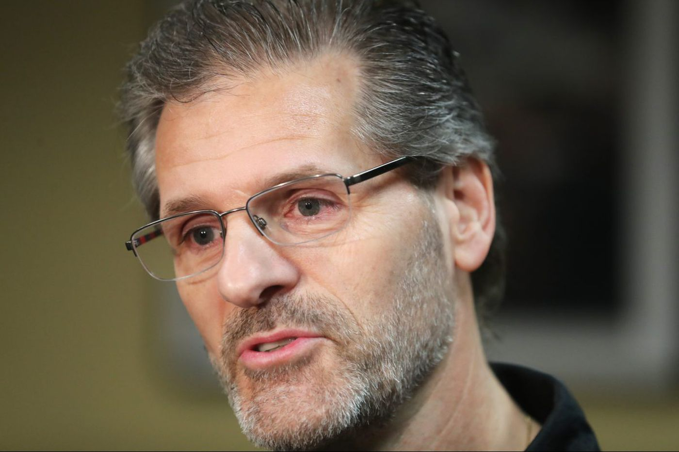 Flyers GM Ron Hextall: Legalized sports gambling won't affect NHL players