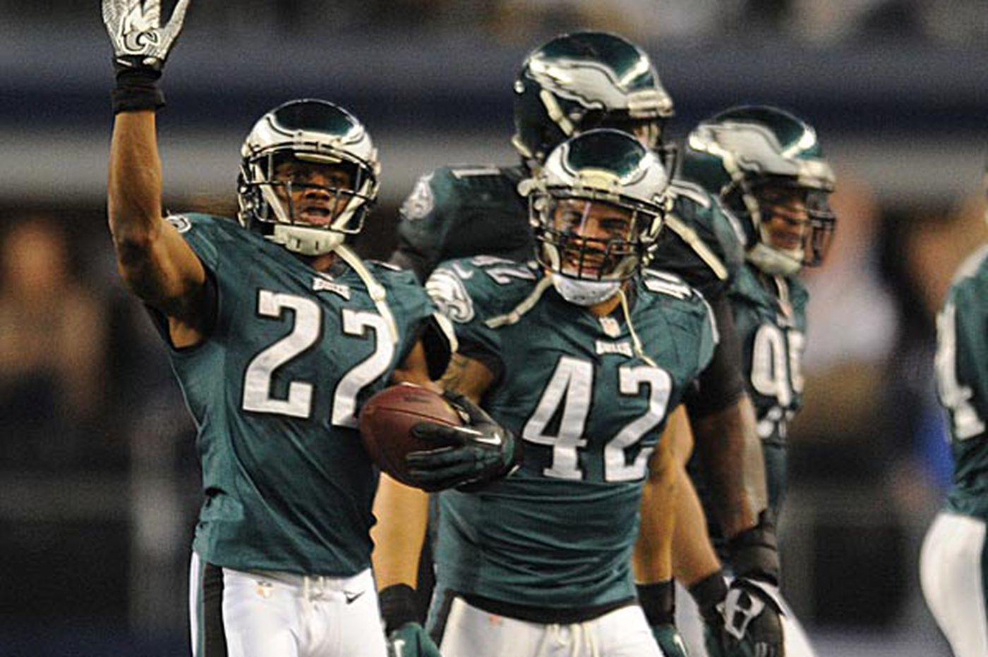 Turnover differential a big reason for the Eagles' turnaround