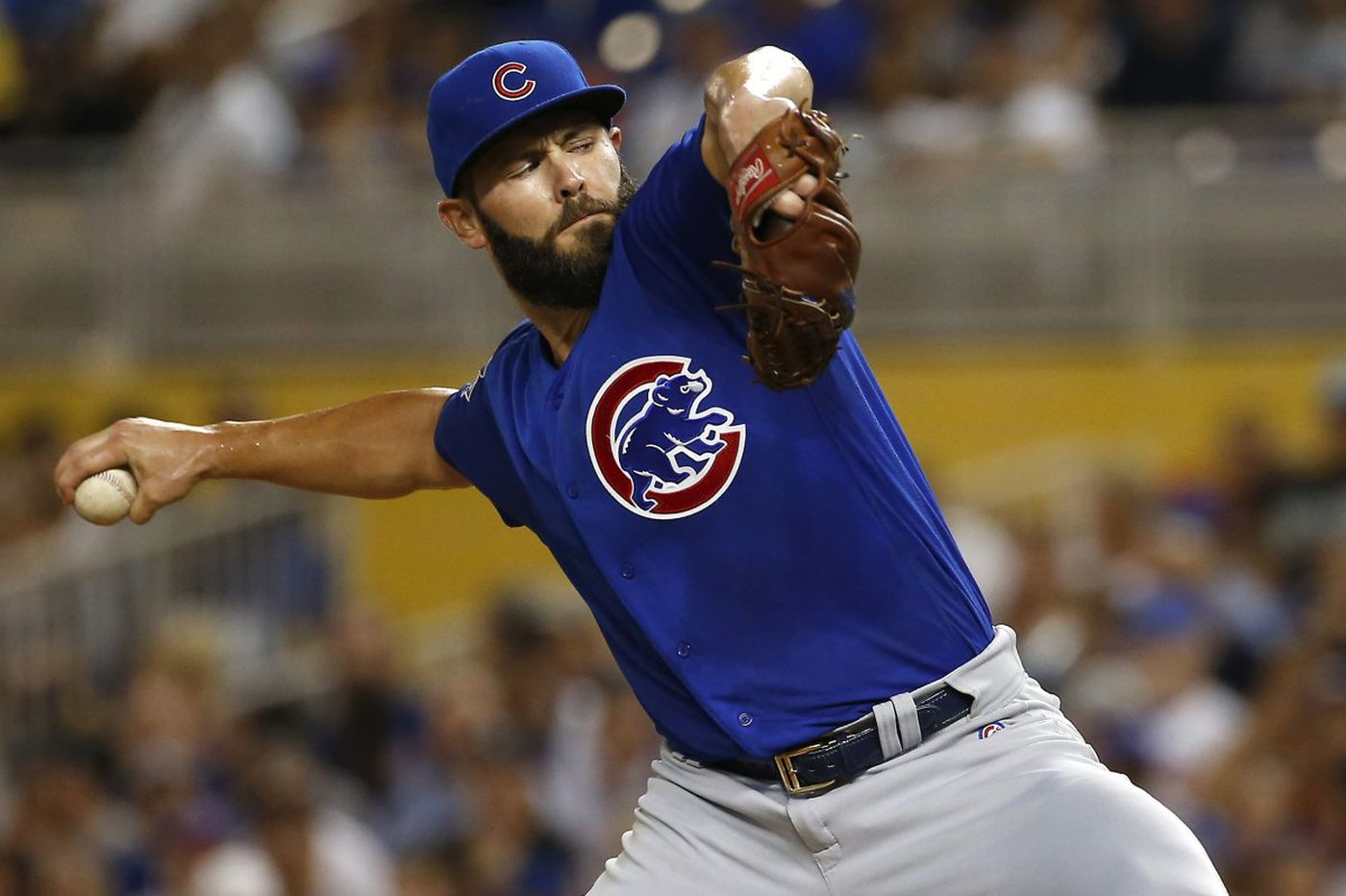 Jake Arrieta's addition puts Phillies back in arms race