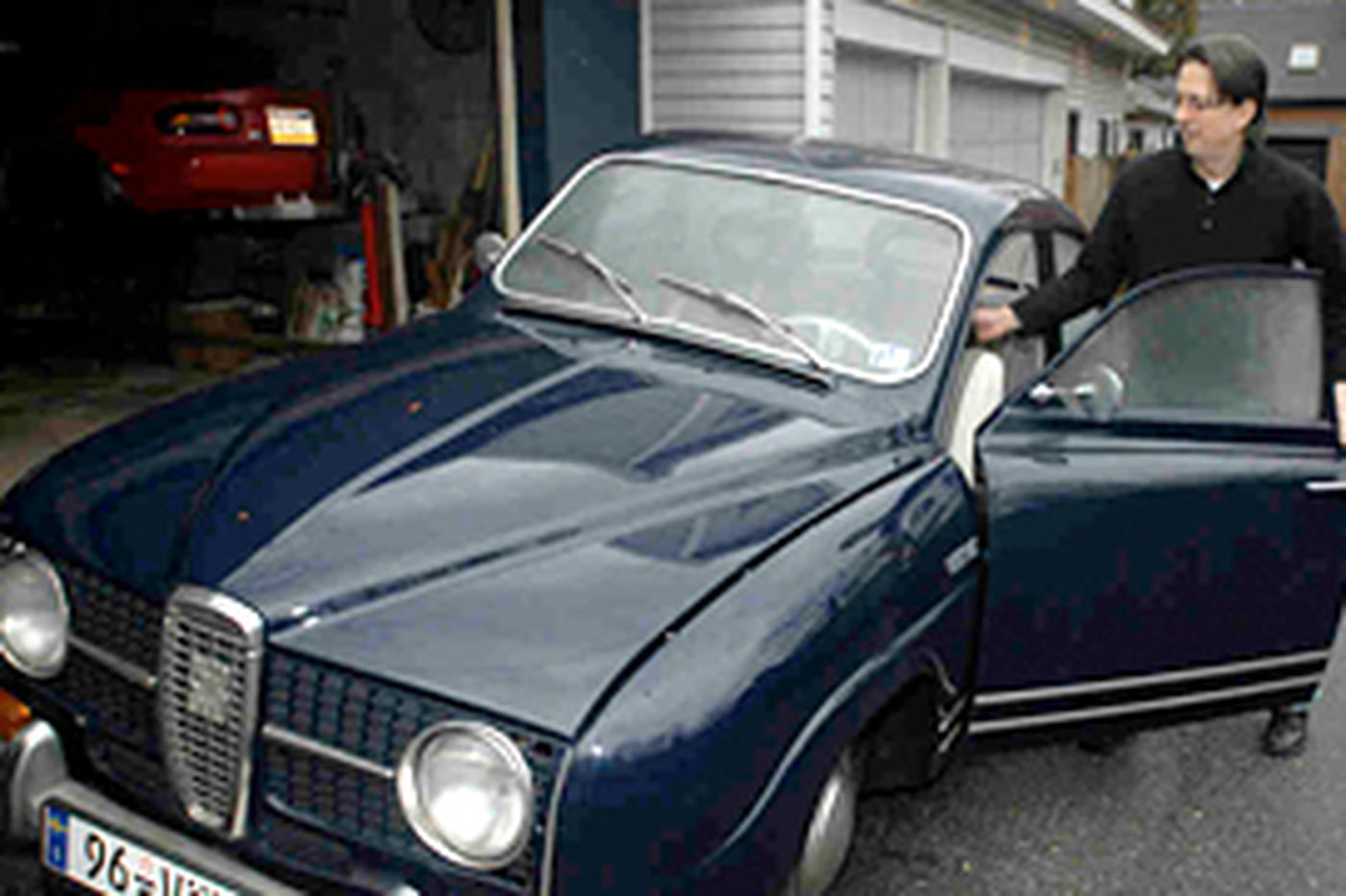 Driver's Seat: Electifying developments with an old Saab