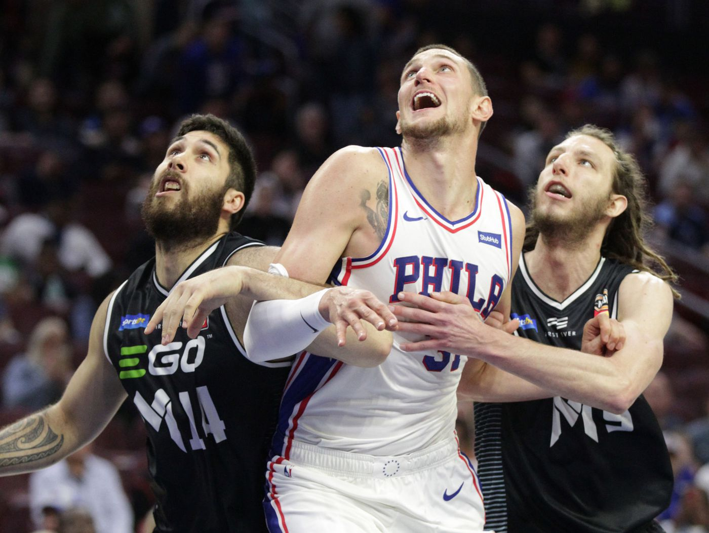 Mike Muscala, Sixers' GM Elton Brand apologize for 'inappropriate' tweets from Muscala's father