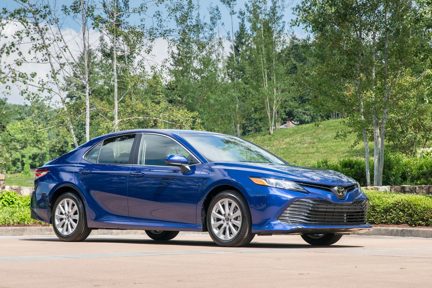 Toyota hypes 2018 Camry's sporty look, but are looks enough?