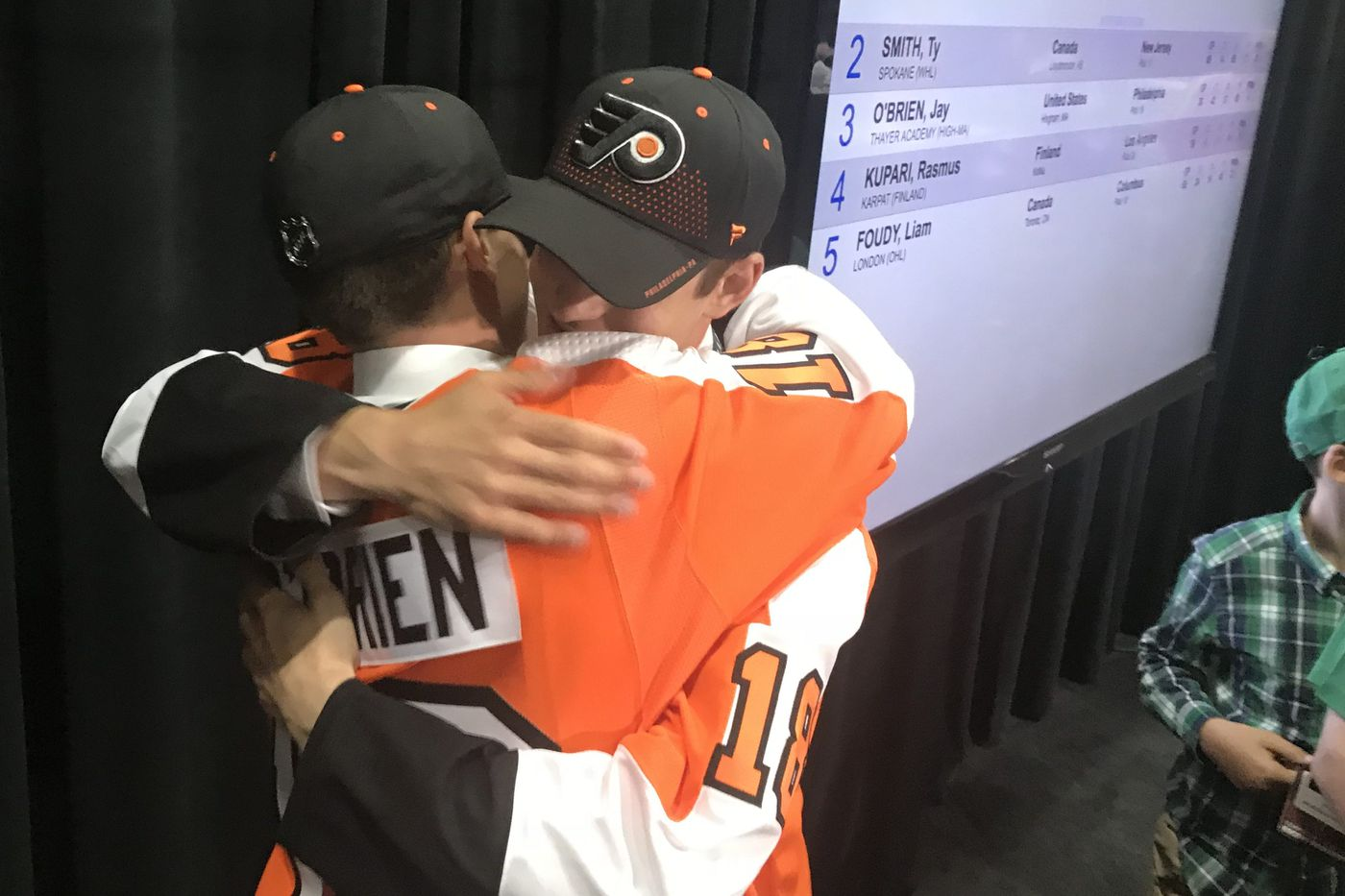 Trusting his scouts made Flyers GM Ron Hextall comfortable with draft gamble