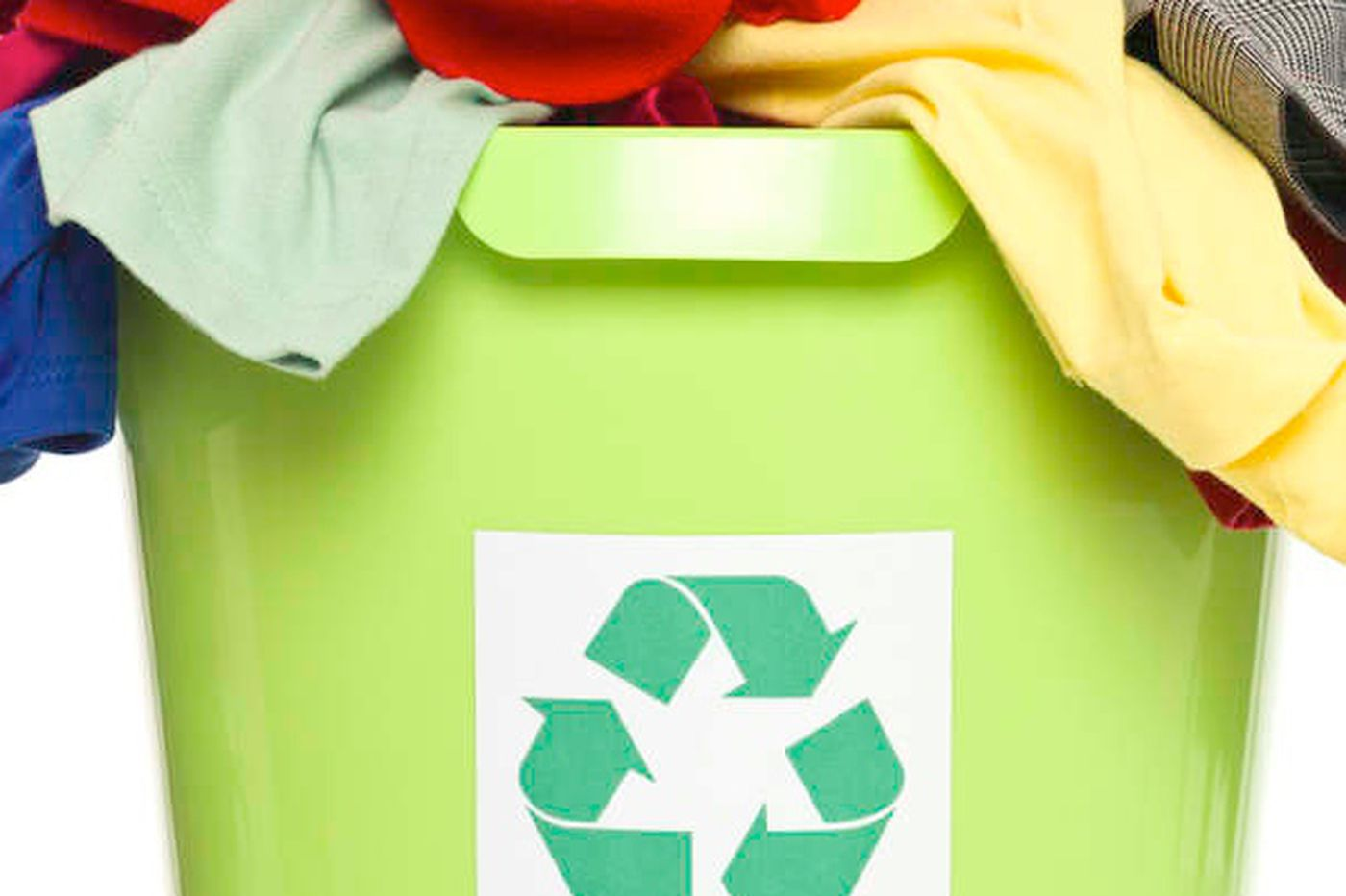 GreenSpace: Graduating from disposal to recycled clothes
