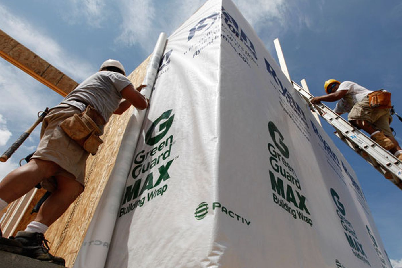 Housing prices show signs of strengthening