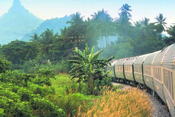 Luxury and exotic sights on the Eastern & Oriental Express