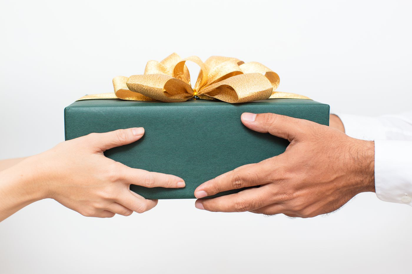 Stop being such a terrible gift-receiver. Here's how to do better. | Elizabeth Wellington