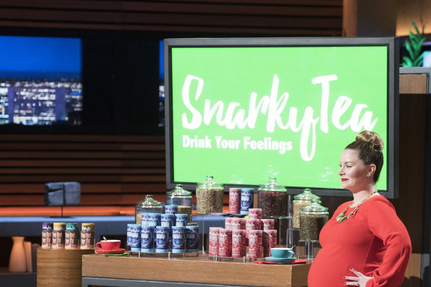 From Villanova to 'Shark Tank,' this foul-mouthed tea vendor is kicking it