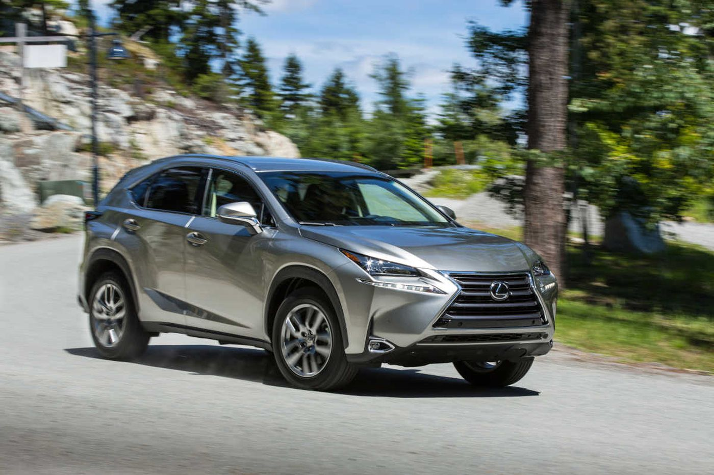 2017 Lexus Nx200t Offers Luxury Performance And Infuriating Electronics