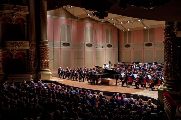 After nearly two decades, Philadelphia Orchestra returns to Academy of Music for subscription concert
