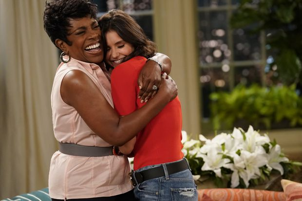 Sheryl Lee Ralph talks 'Fam,' which is both her new CBS sitcom and her feelings about Philly