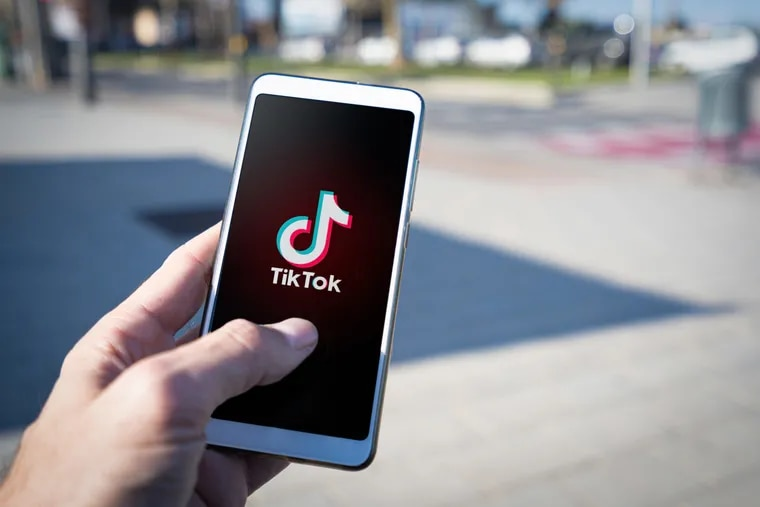 Numerous studies have documented the negative effects of social media on people with eating disorders, but there are some aspects specific to TikTok that are concerning.