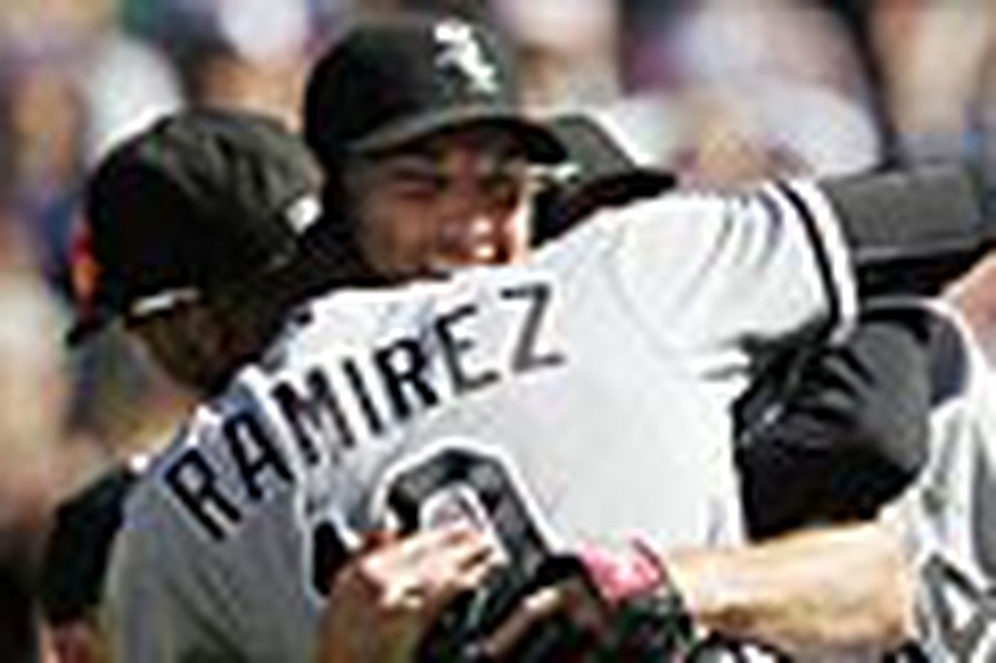 White Sox' Humber hurls a perfect game