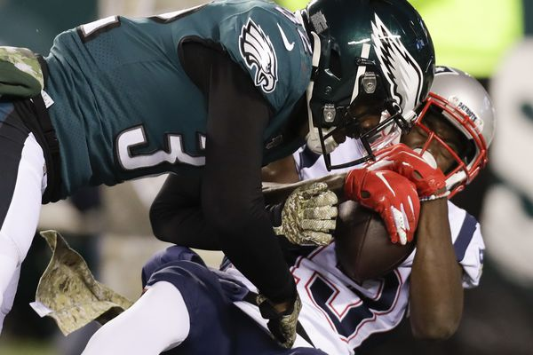 But for one trick play, the Eagles' defense played well in loss to Patriots